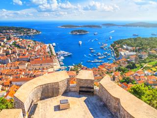 フバル島(クロアチア)