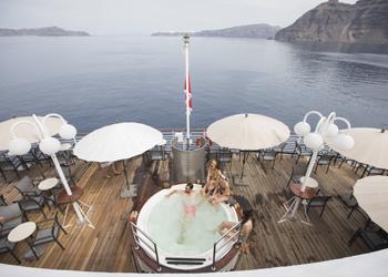 12341セレスティアル・クリスタル 【アテネ発着】トルコとエーゲ海の島々を巡る 8日間
