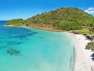 メイルー島(セントビンセント/グレナディーン諸島)